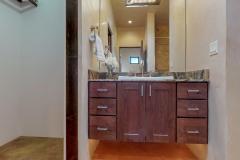 30 MP-Guest-House-Bathroom1-1920x1080